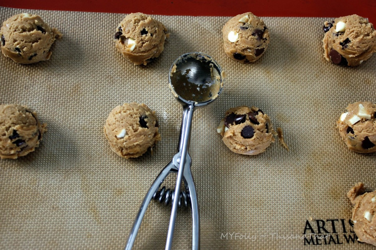 This And That  Pampered Chef Cookie Scoop