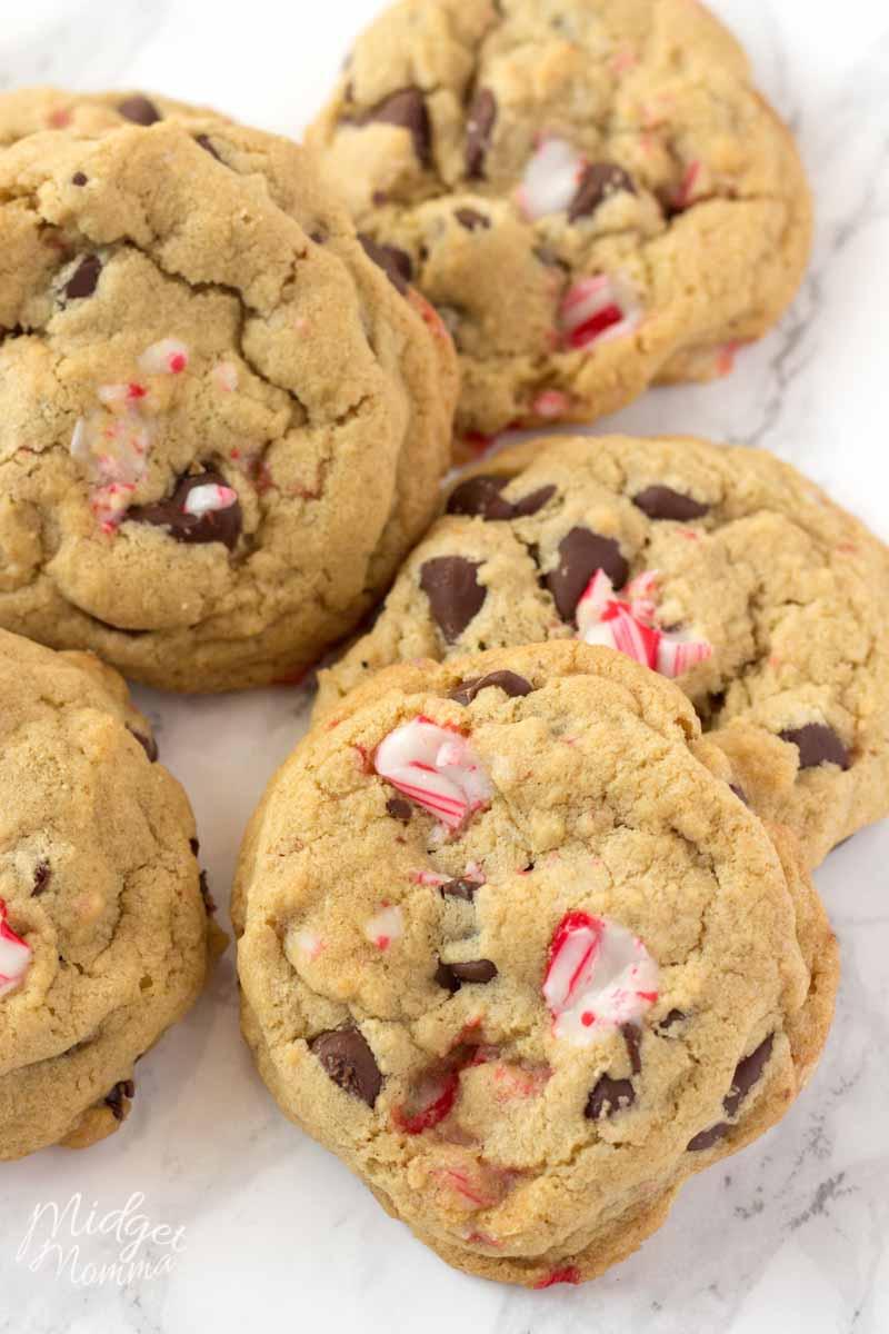 Peppermint Chocolate Chip Cookies • Midgetmomma