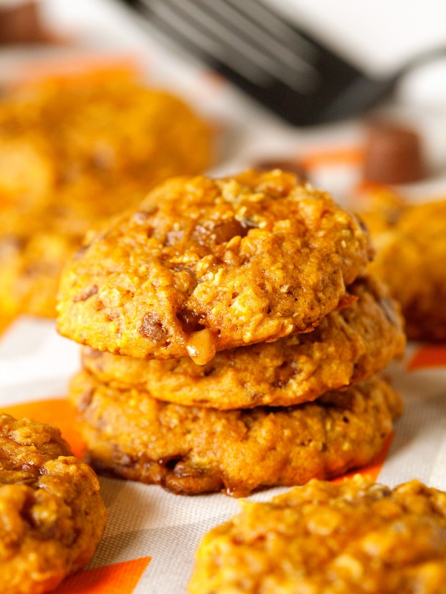 Caramel Stuffed Oatmeal Pumpkin Cookies