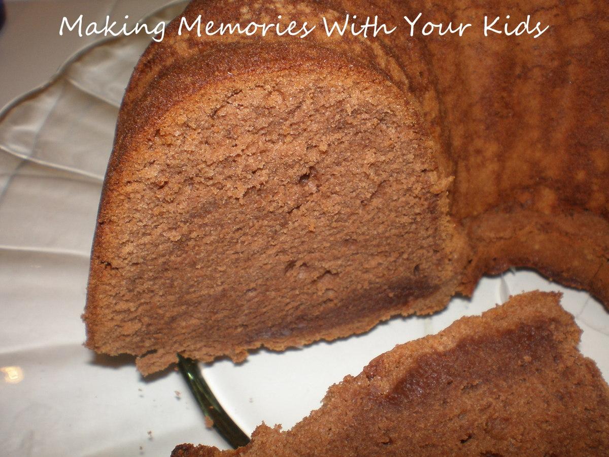 Trisha Yearwood's Chocolate Pound Cake